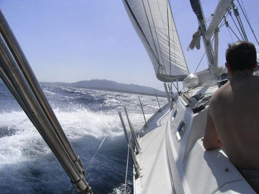 Segeln, sich im Einklang mit Wind , Wellen und der Yacht befinden. Ganz im Hier und Jetzt.