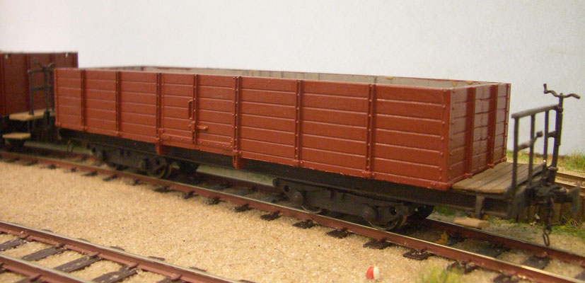 97-44-21 -  Minex verschmälert und ein Brett niedriger mit Selbstbau Fahrwerk und Drehgestellen von EMW