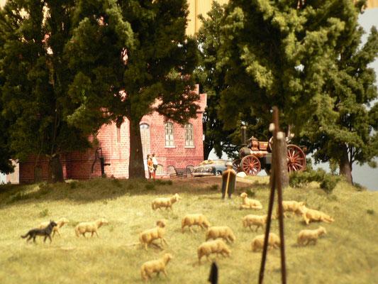 Das Jagdschloß stand jetz an der Einfahrt Bergen Kleinbahn