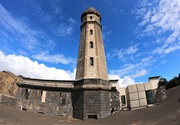 lighthouse on Faial @ Azores - picture by Markus Jimi Ivan