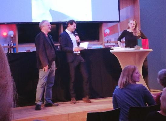Assosiation A erhält den Melusine-Huss-Preis