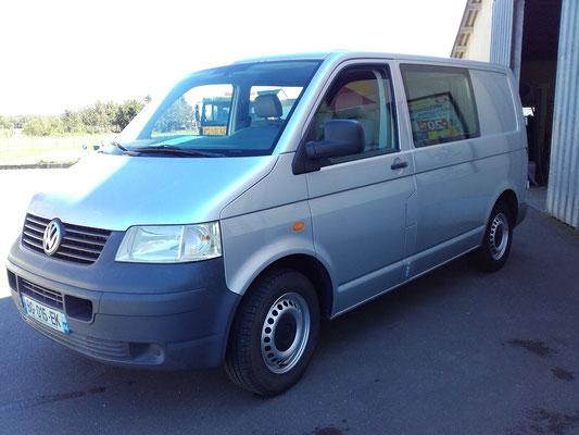 volkswagen transporter v fourgon 2 5 tdi 174 ch 2t8 vitr. Black Bedroom Furniture Sets. Home Design Ideas
