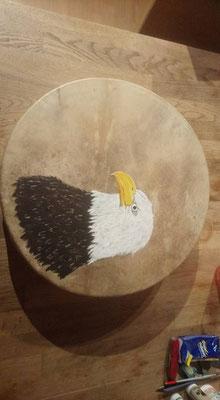 Weisskopfadler auf Hirschhaut