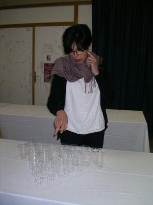 Martine Belfort (voyance sur gobelets ?)