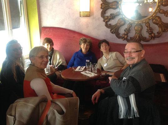 Pause repas au Trait-d'Union à Paris