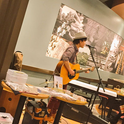 2016.3.29.tue. STARBUCKS 栄チェリープラザ店 『STARBUCKS MUSIC LIVE』