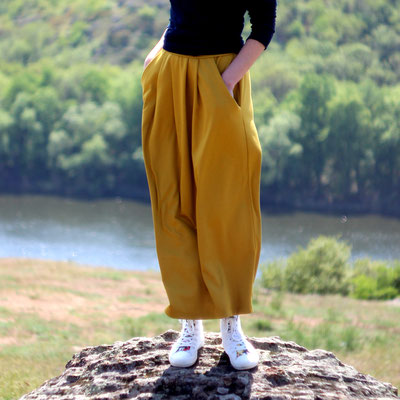 Yellow jersey skirt