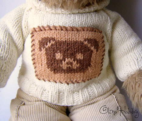 Knitted sweater for teddy bear