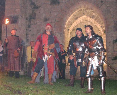 Visite nocturne aux flambeaux de Coucy-le-Château
