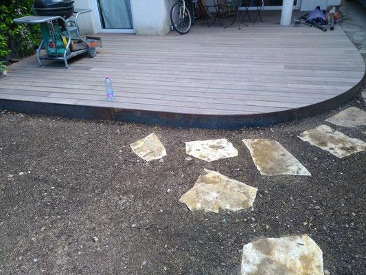 Terrasse bois Padouk et lame de rive en acier