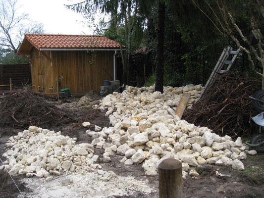 Les moellons de calcaires sont triés