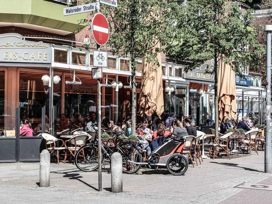 Eiscafe in der Hemmstraße. ©Daniel Zaidan/dezettgrafik