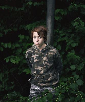 """""""boy in camouflage"""", 2016, all rights: Heiko Tiemann"""