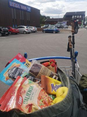 Einkauf im norwegischen Städtchen Trysil