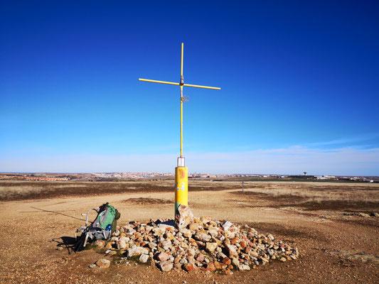 Pilgekreuz mit Blick auf Salamanca