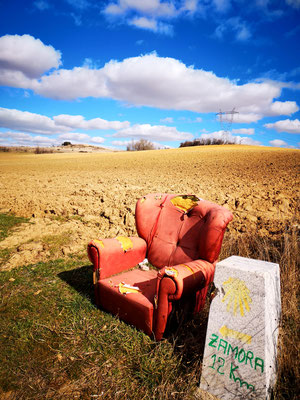 Sitzgelegenheit auf der Via de la Plata