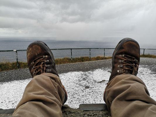 Blick vom Nordkapfelsen in Richtung Norden - hier ist mein Weg zu Ende.