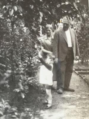 Chaim Yaron Philipp with his grandfather Adolf Loebenberg