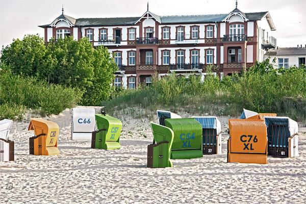 Bäderarchitektur am Strand von Ahlbeck, Usedom