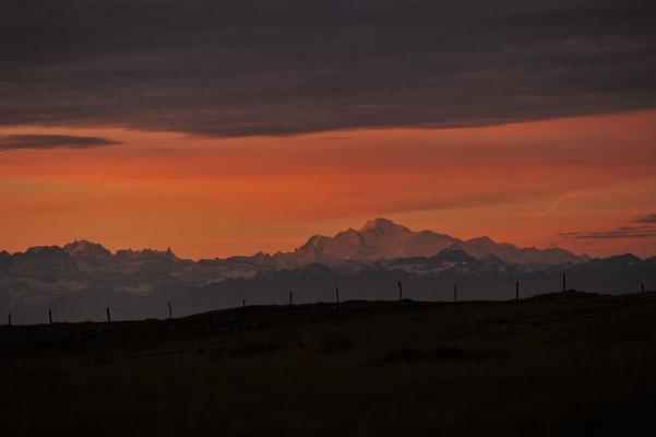 Le Mont-Blanc depuis le Creux du Van