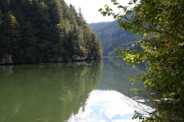 Biaufond en direction du barrage du Refrein