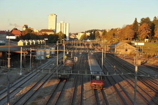 Depuis le Grand Pont, la gare