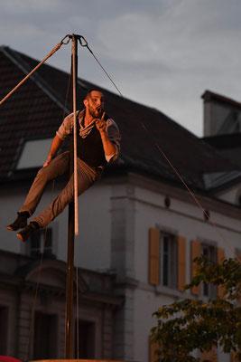 "Cirque la compagnie  ""L'avis bidon"""