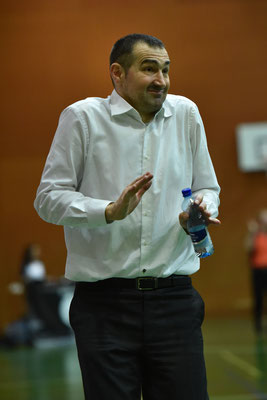 Peter Aleksic coach Fribourg olympic