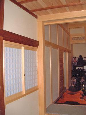 稲荷堂と護摩堂のつながり部分
