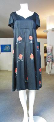"Coeur ""red roses"", pure silk elast. balck, ital.size 48.  410€"