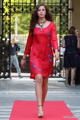 Femme rosso, fiore bluette, size 42, pure silk