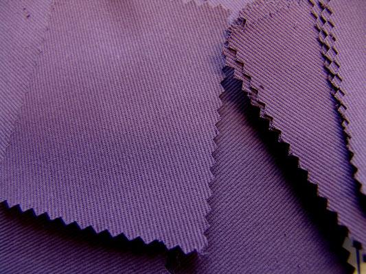 BW-Köper in lila, 220 cm breit, 16,90 €/m