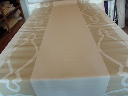 145 cm breite Baumwolle mit Bordüre