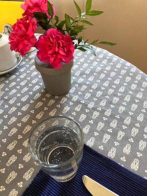 Tischdecke mit dem Provencestoff Mouche gris