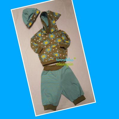 Kapuzensweater * Außenstoff: Sweat    Innenstoff : Jersey * leichte 3/4 Hose mit Bund * Jersey*    Gr 56 - 104