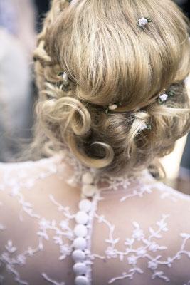 Brautfrisur – minalux wedding photography | intuitive Hochzeitsfotografie in Berlin und Hamburg von Mina Esfandiari