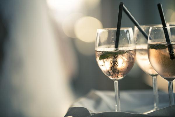 Detail, Drinks, Cocktail, Empfang, Location: Elbdeck, Speicherstadt, Hafencity, Hamburg, minalux, wedding photography, Hochzeitsreportrage, Hochzeitsfotografie, Mina Esfandiari