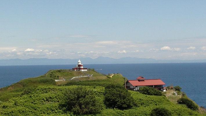 小樽市。水族館からの日和山灯台