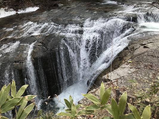 恵庭市。恵庭渓谷白扇の滝