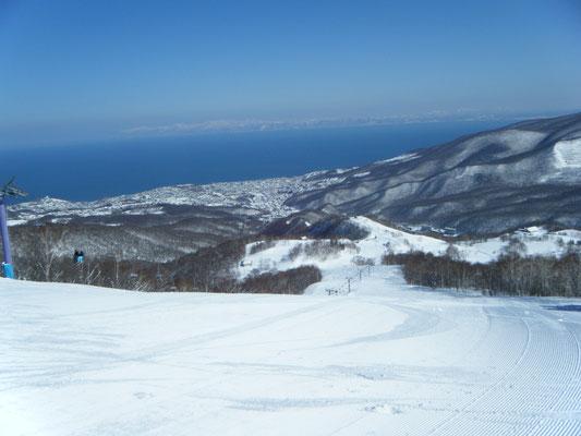 小樽市。朝里川温泉スキー場 眺めがサイコーです