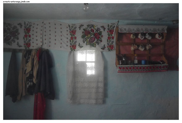 So traditionell sind die Häuser mancher Rumänen eingerichtet. Das hier steht allerdings schon seit mehreren Jahren leer.