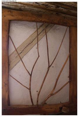 Keltisches Fenster - früher mit dünnem Leder bespannt, Keltendorf Mitterkirchen (Freilichtmuseum)