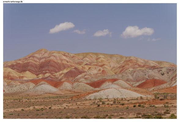 Die farbigen Berge von Tabriz (nordwestlich)