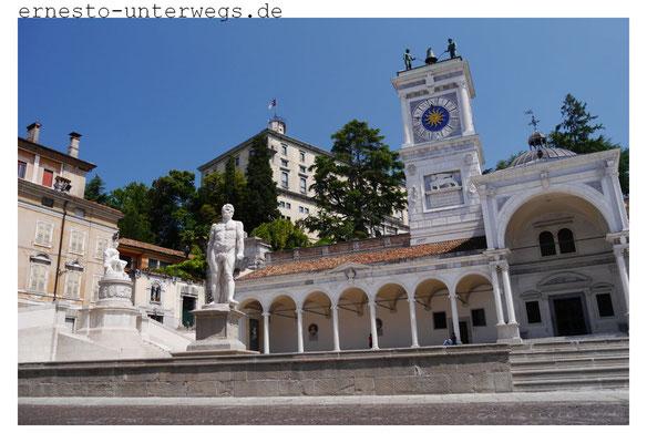 Loggia San Giovanni an der Piazza Liberta