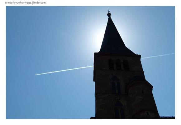 Im Himmel sind Flugzeuge...