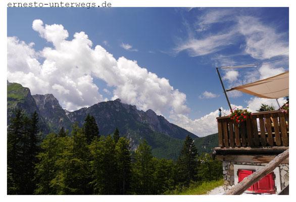 Zacchi-Hütte zwischen Lago di Fusine und Mangart