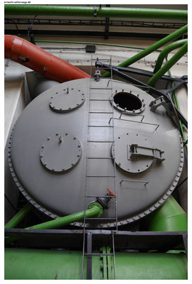 Im Kraftwerk Plessa
