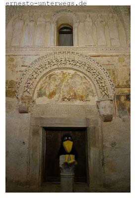 Im Tempietto Longobardo (Langobardentempel)