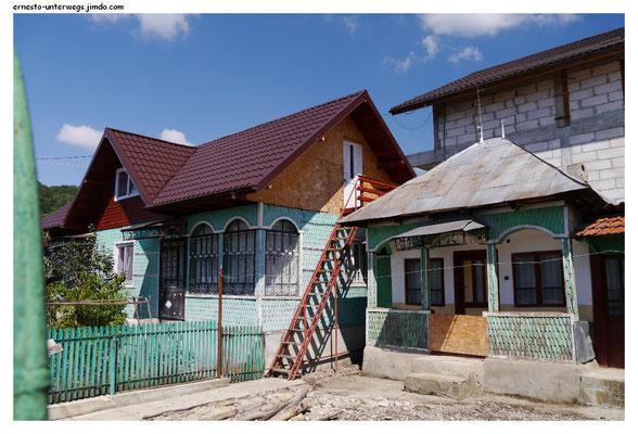 Viele Häuser haben jugendstilartige Elemente: