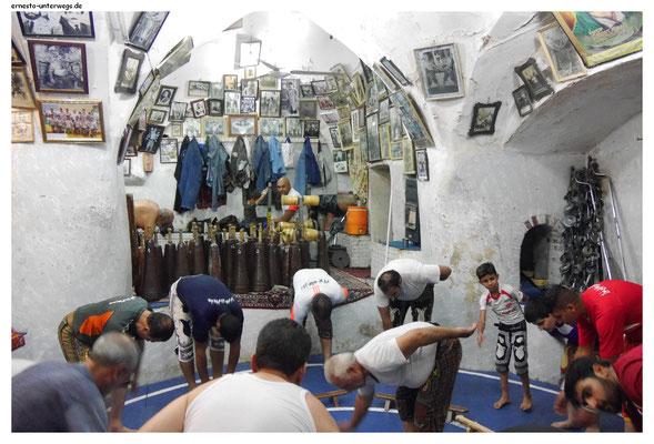 Zurkhrane - der iranische Nationalsport